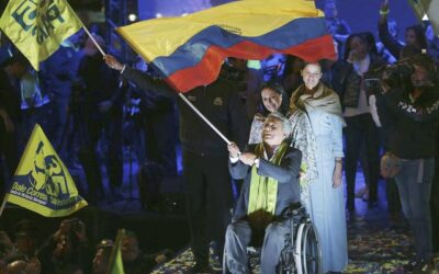 First person with paraplegic as a head of state in Latin America